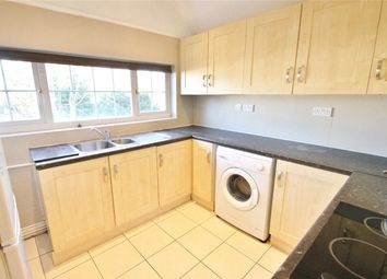 Thumbnail 2 bed flat to rent in Nether Street, West Finchley, London