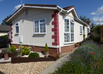 Thumbnail 2 bed mobile/park home for sale in Lugano Avenue, Falcon Park, Martlesham Heath, Ipswich, Suffolk