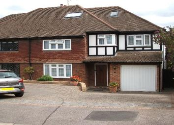 Thumbnail Room to rent in Newnham Close, Off Spring Grove, Loughton, Essex