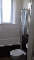 Thumbnail 2 bed flat to rent in Royal Park Terrace, Edinburgh