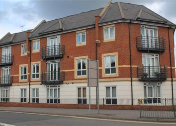 Thumbnail 2 bed flat to rent in Denham Road, Egham
