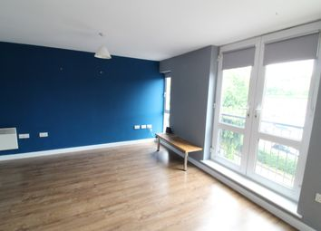2 bed flat to rent in Russell Road, Nottingham NG7