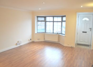 Thumbnail 3 bedroom cottage to rent in Barnet Road, Potters Bar