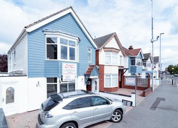 Viewpoint, 11 Constitution Hill Road, Poole BH14. Studio to rent          Just added