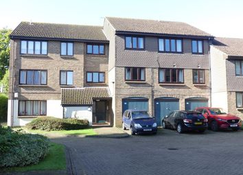 Thumbnail 1 bed flat to rent in Connaught Gardens, Crawley