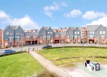 Cranmore Circle, Broughton, Milton Keynes, Bucks MK10. 4 bed town house for sale