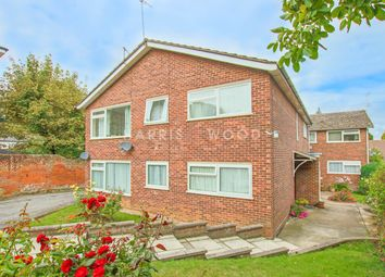 Lexden Road, Colchester, Colchester CO3. 2 bed flat