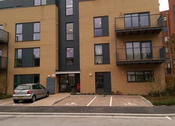 Thumbnail 1 bed flat to rent in Clarence Avenue, Gants Hill