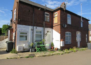 Thumbnail 1 bedroom maisonette for sale in Ramridge Road, Luton