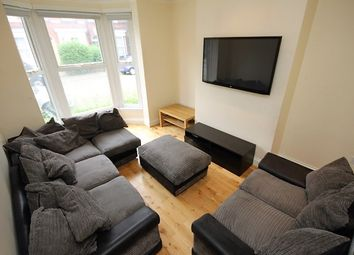 Thumbnail 5 bedroom terraced house to rent in Ashville Grove, Hyde Park, Leeds