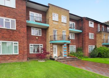 3 bed maisonette for sale in College Court, The Mall, London W5