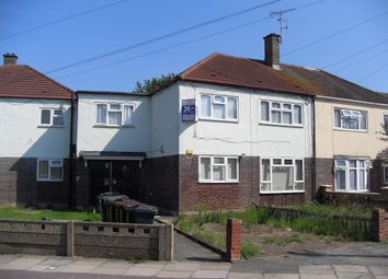 Thumbnail 2 bed flat to rent in Curzon Crescent, Barking