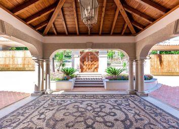 Thumbnail Villa for sale in Spain, Costa Del Sol, Marbella, Golden Mile / Marbella Centre, Mrb30988