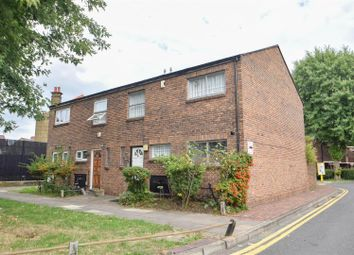 Thumbnail 4 bed property to rent in Ivatt Way, London