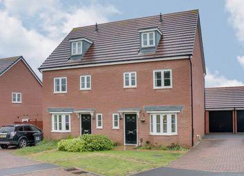Property for Sale in Cookridge Close, Redditch B97 - Buy Properties