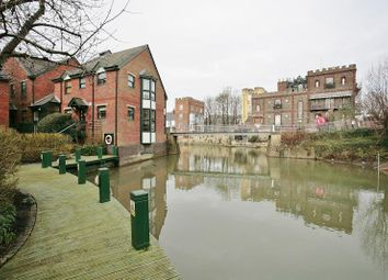 Thumbnail 2 bed flat to rent in Watermans Reach, Oxford