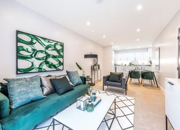 Thumbnail 2 bed flat for sale in Henderson Road, Croydon