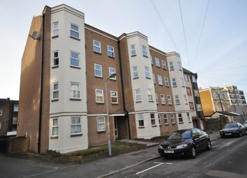 2 bed flat to rent in Edgar Road, Cliftonville, Margate CT9