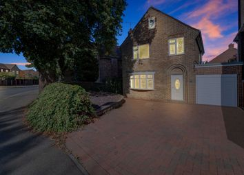 Thumbnail 3 bedroom detached house for sale in Springfield Road, Grantham