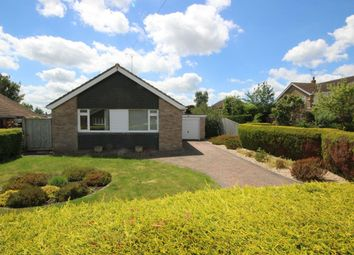 Thumbnail 2 bedroom detached house to rent in Cedar Crescent, Thame