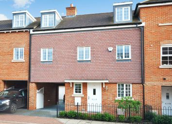 Thumbnail 4 bed town house for sale in Whittingham Avenue, Wendover, Aylesbury