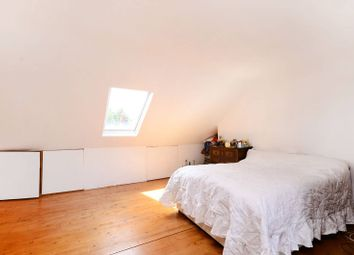 Thumbnail 3 bed flat for sale in Cavendish Road, Balham