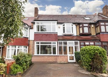 Thumbnail 4 bed detached house to rent in Lynwood Road, London