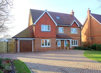 Thumbnail 5 bed detached house to rent in Oakwood Road, Horley