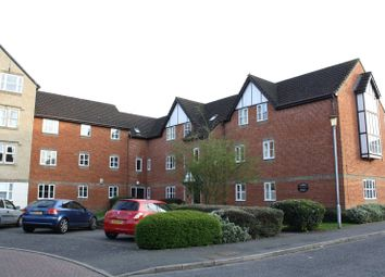 Thumbnail 1 bedroom flat for sale in Charnwood House, Rembrandt Way, Reading, Berkshire