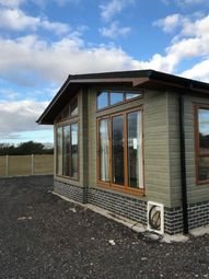 Thumbnail 2 bedroom mobile/park home for sale in Lower Norton Lane, Kewstoke, Weston-Super-Mare