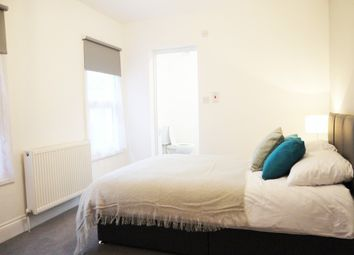 Thumbnail Room to rent in Cambrian Grove, Gravesend, Kent
