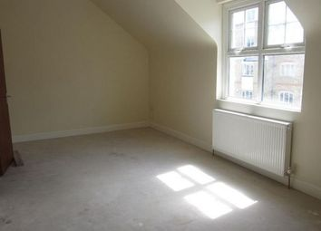 Thumbnail 2 bedroom flat to rent in Homesdale Road, Bromley