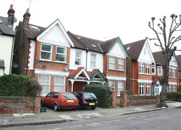 Thumbnail 2 bed flat to rent in Craven Avenue, London