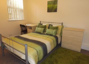 Thumbnail 3 bed flat to rent in Peveril Street, City Centre, Nottingham