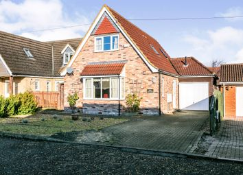 3 bed bungalow for sale in Bosserts Way, Highfields Caldecote, Cambridge CB23