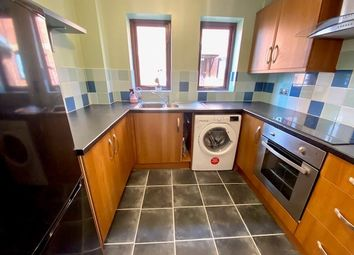2 bed flat to rent in Park Street, Southampton SO16