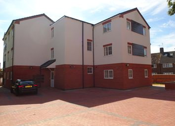 2 bed flat to rent in Pool Road, Leicester LE3