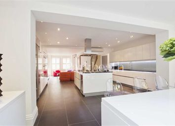 Thumbnail 5 bed property to rent in Primrose Gardens, Belsize Park, London