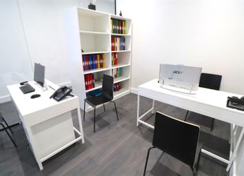 Golders Green Road, London NW11. Office to let
