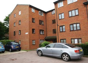 Thumbnail 1 bed flat to rent in Argent Street, Grays
