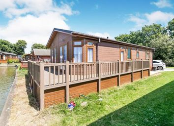 2 bed mobile/park home for sale in Great Bentley, Colchester, Essex CO7