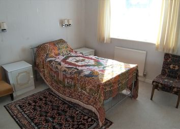 Thumbnail Room to rent in Boundary Park, Seaton, Devon