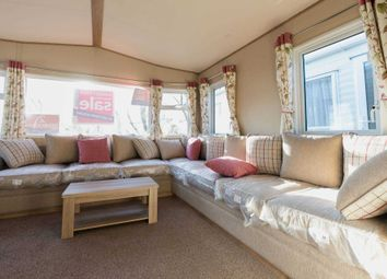 Thumbnail 2 bedroom mobile/park home for sale in Dymchurch Road, New Romney