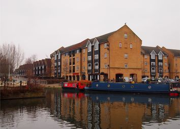 Thumbnail 3 bed flat for sale in Evans Wharf, Apsley Lock, Hemel Hempstead, Hertfordshire