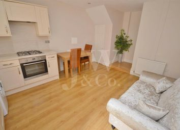 Thumbnail 1 bedroom flat for sale in How Wood, Park Street, St Albans