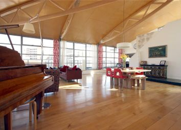 Thumbnail 3 bed flat to rent in The Roof Gardens, 41-53 Goswell Road, London