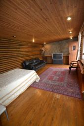 Thumbnail Bungalow to rent in The Ride, Brentford, Greater London