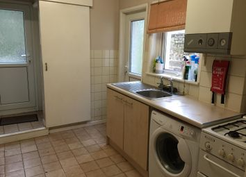 Thumbnail 4 bedroom shared accommodation to rent in Woodside Road, Southampton
