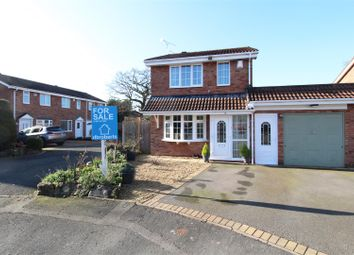 Thumbnail 3 bed detached house for sale in Plover Close, Featherstone