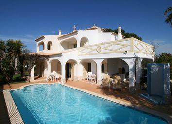 Thumbnail 3 bed villa for sale in Portugal, Algarve, Albufeira